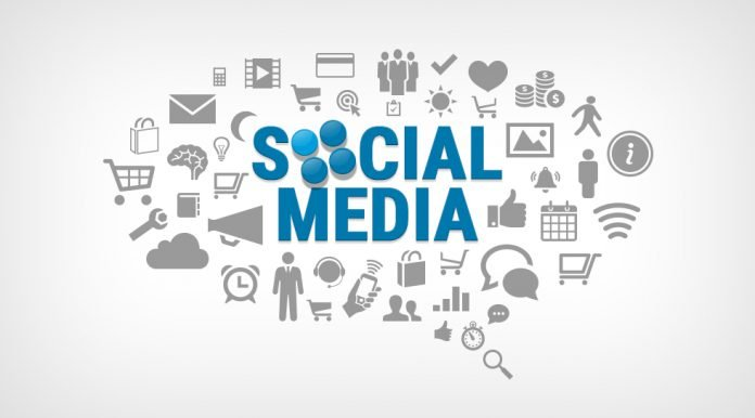 manage social media marketing